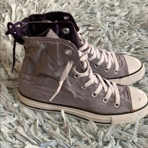 Converse all star sneakers size 6 women's